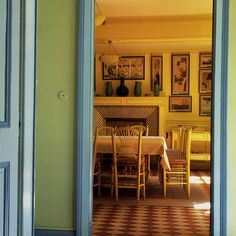 Patrick Humphreys : Photo The Dining Room At Claude Monetu0027s Home At Giverny.