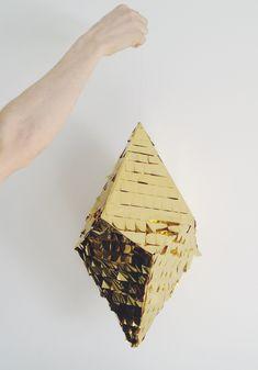 Diamant en carton recouvert de franges de papier métallisé - tutoriel