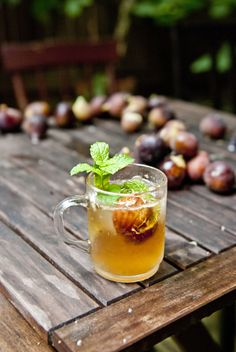 Fig & Bourbon Fizz - Fig, Mint, Brown Sugar, Bourbon, Ginger Ale.