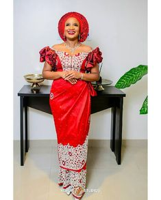 2019 GOWNS NIGERIAN STYLES FOR WOMEN LOVE TRADITIONAL