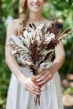 Don't want a traditional wedding? How about Autumn leaves, apple pie, and feathers? Click for more great Fall Wedding ideas!