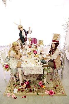 Alice In Wonderland Tea Party…