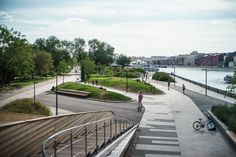 Krymskaya Embankment Moscow park by Wowhaus Landscape And Urbanism, Park Landscape, Urban Landscape, Landscape Design, Modern Landscaping, Outdoor Landscaping, Masterplan Architecture, Sustainable City, Riverside Park