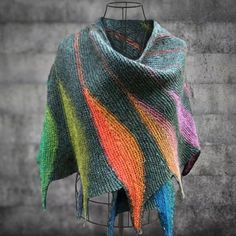 Casual Knitted Color-Block Scarves & Shawls is hot sale on Newchic. Goods And Services, Sewing Clothes, Scarf Styles, Womens Scarves, Color Blocking, Women's Accessories, Autumn Fashion, Casual, Shawls