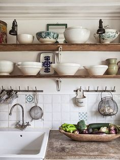 Country Kitchen Design Ideas: Some kitchens are made to be admired at a distance; country kitchens are made to be used. See the entire range of country kitchen style in this photo gallery Rustic Kitchen Sinks, New Kitchen, Vintage Kitchen, Kitchen Dining, Kitchen Shelves, Kitchen Ideas, Wood Shelves, Rustic Shelves, Natural Kitchen