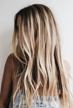 Brunette Balayage for Thick Hair - 50 Cute Long Layered Haircuts with Bangs 2019 - The Trending Hairstyle Beachy Blonde Hair, Blonde Hair Looks, Golden Blonde Hair, Balayage Hair Blonde, Highlighted Blonde Hair, Dyed Blonde Hair, Ombre Hair, Long Thin Hair, Curls For Long Hair