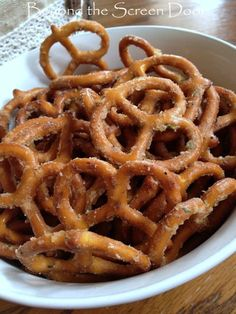 Spicey, Yummy, So-good-you-can't-put-em-down Pretzel Recipe | Beyond the Screen Door