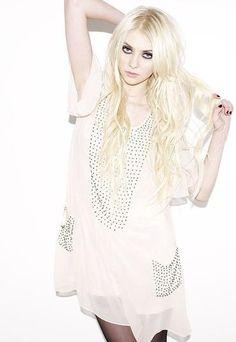489 Best Taylor Momsen Images On Pinterest Faces Pretty