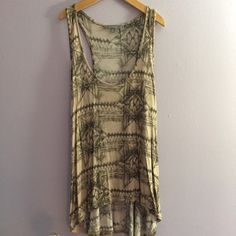 Rubbish high low tank top Awesome design very rustic and grungy. Never worn. Brand new. Nordstrom BP. Medium fit so flattering. YES I bundleNO TRADES EVER no low balls. Don't ask to trade I will say no even if I love your closet. Negotiable ONLY USE OFFER BUTTON Rubbish Tops Tank Tops