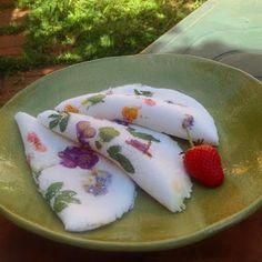 tapioca-com-flores-e-folhas-comestiveis.
