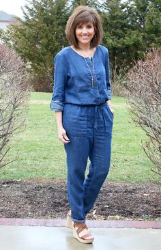 It's Day 16 of my 28 Days of Spring Fashion and I'm styling a denim jumpsuit. Have you tried any jumpsuits yet?  ‪#‎ootd‬ ‪#‎whatiwore‬ ‪#‎myrackroomshoes‬ ‪#‎graceandbeautystyle‬ ‪#‎springfashion‬