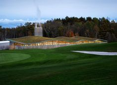 Ingenious Power Plant Design Exhibiting a Green Undulating Profile in USA