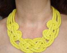 VENTA. Collar de nudo marinero verde té. Cuerda por agatsknitting