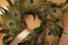 Plumes de paon en décoration                                                                                                                                                                                 Plus