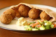 Come preparare in casa i falafel di ceci