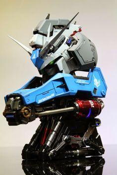 Hi-Nu Gundam Head - Painted Build Modeled by Stormtrooper Gundam Toys, Gundam Art, Gunpla Custom, Custom Gundam, Gundam Head, Aliens Movie, Suit Of Armor, Gundam Model, Figure Model