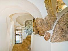 Villa Italy : Villa for Sale in Sardinia | Emerald Coast | Luxury Villa in Italy by SOTHEBY'S INTERNATIONAL REALTY