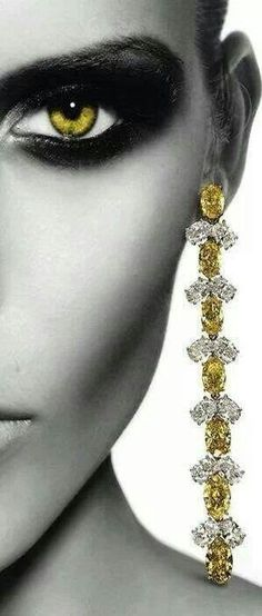 Fine jewels / karen cox.Canary diamonds - cynthia reccord