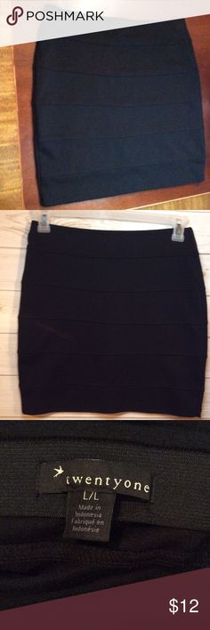 "TWENTY ONE Black Pencil Skirt Twenty One brand Black Pencil Skirt as pictured.  Size is Large.  17½"" in Length, 30"" Waist.  Pristine condition! (28) Twenty One Skirts Pencil"