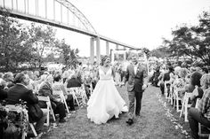 Beautiful fall wedding in Chesapeake City Maryland on the Moon Properties site.