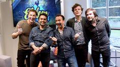 Altijd lachen met de mannen van Sunday Sun, zeker na die fantastische live-versie van When We Kiss