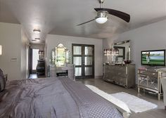 3BR/3.5BA Modern Hollywood Glamour - Turnkey Vacation Rental Palm Springs Vacation Rentals, Hollywood Glamour, View Photos, Modern, Furniture, Home Decor, Trendy Tree, Decoration Home, Room Decor