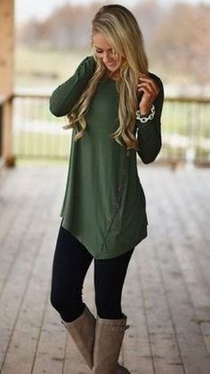 Cute outfits ideas with leggings suitable for going out on fall 13