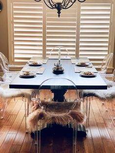 We built this beautiful table from reclaimed elm with a custom black stain. Live Edge Furniture, Furniture Design, Table Settings, Dining Table, Studio, Building, Beautiful, Black, Products