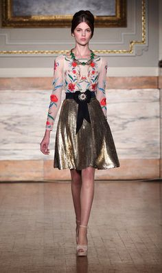 Temperley London Fall 2012. Love that top! Let me borrow that top.