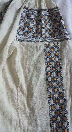 Folk Embroidery, Moldova, Bulgaria, Romania, Costumes, Blouse, Fashion, Blouse Band, Moda