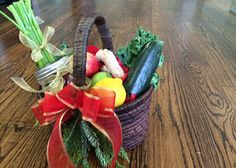 Gift This: Mean Green Fruit Basket - Joe Cross Joe Cross, Healthy Eating Habits, Healthy Living, Juice Smoothie, Smoothies, Veggie Juice, Green Juice Recipes, Mean Green, Green Fruit