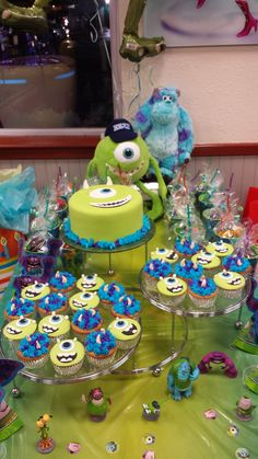 Monsters inc. cake / cupcakes