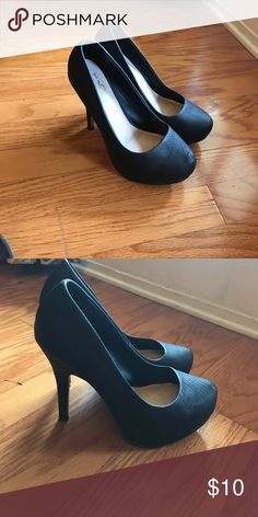 Black heels Mix No. 6 black heels! Mix No. 6 Shoes Heels