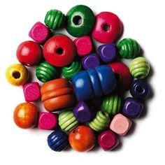 Houten kralen in een zakje met sluiting en een koordje om je eigen ketting of armband te maken. Er zijn verschillende kleuren kralen verkrijgbaar.