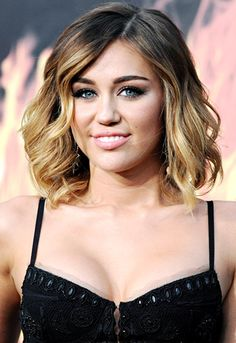 Miley Cyrus rocks the trendy ombre color with her shoulder-length locks