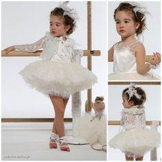 Βαπτιστικό Σύνολο Baby U Rock Margot 21902G04AAC Girls Dresses, Flower Girl Dresses, Rock, Wedding Dresses, Clothes, Fashion, Dresses Of Girls, Bride Dresses, Outfits