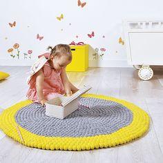 Felt ball rug - neo yellow mix