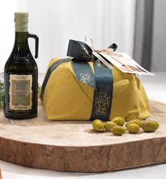 Panettolio: delicate cake of Verona in extravirgin olive oil Redoro 100% italiano. It showed for the first time at Cibus 2016 for next Christmas