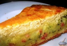 Най-пухкавата и вкусна картофена пита с шунка и кисели краставички (страшно лесна рецепта)