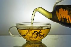Health Benefits of Green Tea - Weight Loss, Anti-aging, and More GREAT article ! Health Benefits of Green Tea – Weight Loss, Anti-aging, and Green Tea For Weight Loss, Weight Loss Tea, Weight Loss Diet Plan, Weight Loss Plans, Fast Weight Loss, Milk Shakes, Help Losing Weight, How To Lose Weight Fast, Blog Bio