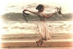 Nosso  Feminino Sagrado:     Há que se dançar a vida voltar a ser menina ac...