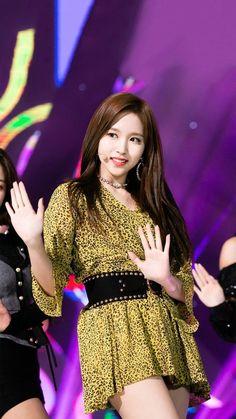 Nayeon, Kpop Girl Groups, Korean Girl Groups, Kpop Girls, K Pop Idol, Myoui Mina, Twice Kpop, Dahyun, G Friend