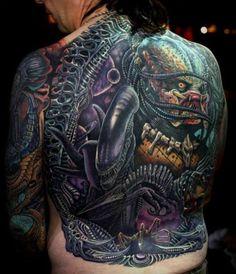 Aliens vs Predator Tattoo by Dmitry Bronya Back Tattoos For Guys, Full Back Tattoos, Movie Tattoos, Wolf Tattoos, Badass Tattoos, Life Tattoos, Tattoo Sleeve Designs, Sleeve Tattoos, Aliens