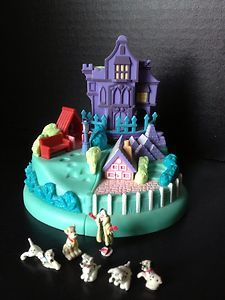 Vintage Polly Pocket Disney 101 Dalmatians Puppy Adventure Playset