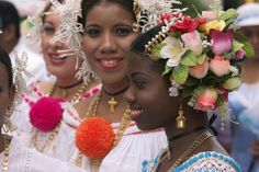 The gorgeous headresses and adornments of the pollera (national dress)....beauty only matched by the gorgeous women themselves!