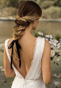 Modern Hairstyles for White Brides Bridal Braids, Wedding Braids, Bridal Hair, Boho Wedding, Hairstyle Wedding, Wedding Hair Half, Wedding Hair And Makeup, Hair Makeup, Bride Hairstyles