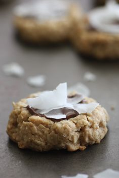 The flakes of coconut make this coconut nutella oatmeal cookie recipe pop! | CatchMyParty.com #nutella #nutellacookie #oatmealchocolatecookie Oatmeal Cookie Recipes, Oatmeal Cookies, Cookie Desserts, Cupcake Cookies, Dessert Recipes, Cupcakes, Yummy Treats, Delicious Desserts, Nutella Cookies