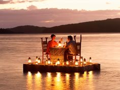 [had an absurdly dreamy dinner on a mountain lake]