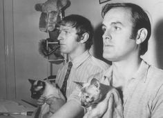 Monty Python members/writers Graham Chapman and John Cleese, with cats Crazy Cat Lady, Crazy Cats, I Love Cats, Cool Cats, Siamese Cats, Cats And Kittens, Celebrities With Cats, Celebs, Men With Cats