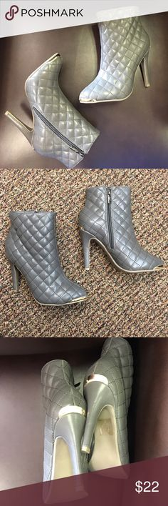"""GC Shoes, gray quilted Petra zip ankle boots Store display. Minor scuffs on the metal heel and toe detail. 4"""" thin heel . Medium width. Synthetic material GC Shoes Shoes Heeled Boots"""